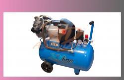 kompresor olejový XTline-obsah nádoby 50litrů max tlak 8bar 2200W, 420L/min